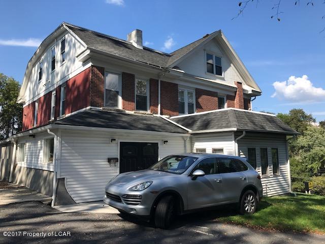 197 Memorial Hwy,Shavertown,Pennsylvania 18708,3 Bedrooms Bedrooms,7 Rooms Rooms,1 BathroomBathrooms,Residential lease,Memorial,17-5456