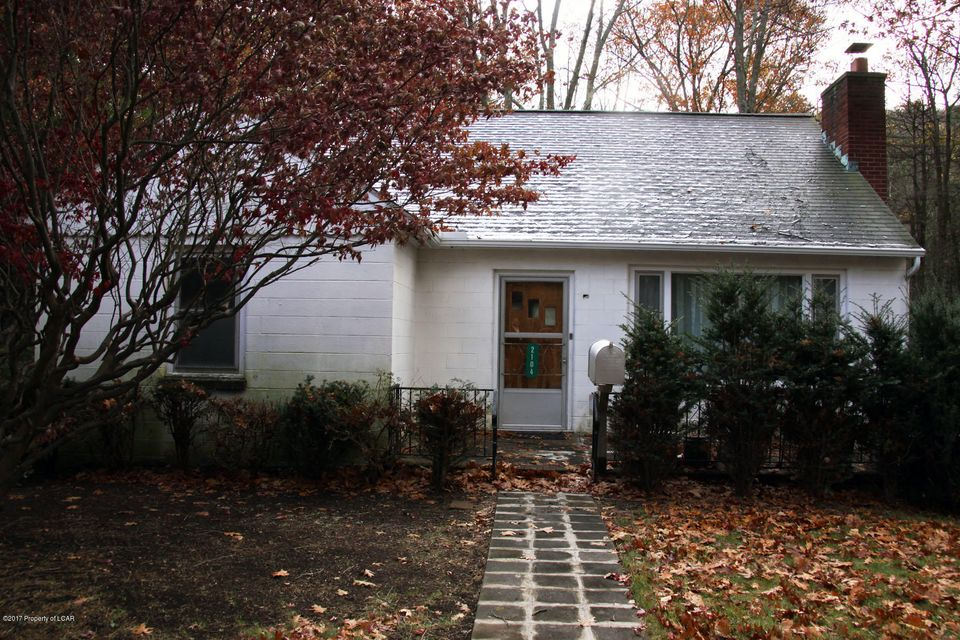 2104 PA-29 Tunkhannock,Pennsylvania 18657,2 Bedrooms Bedrooms,5 Rooms Rooms,1 BathroomBathrooms,Residential,PA-29,17-6152