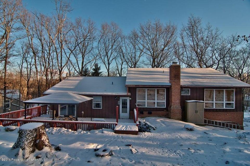 303 Aleeda Blvd,Bear Creek,Pennsylvania 18702,3 Bedrooms Bedrooms,8 Rooms Rooms,2 BathroomsBathrooms,Residential,Aleeda,18-81
