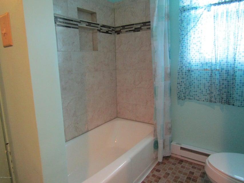 1415 Terrace Boulevard,Hazleton,Pennsylvania 18201,3 Bedrooms Bedrooms,7 Rooms Rooms,1 BathroomBathrooms,Residential,Terrace,18-137