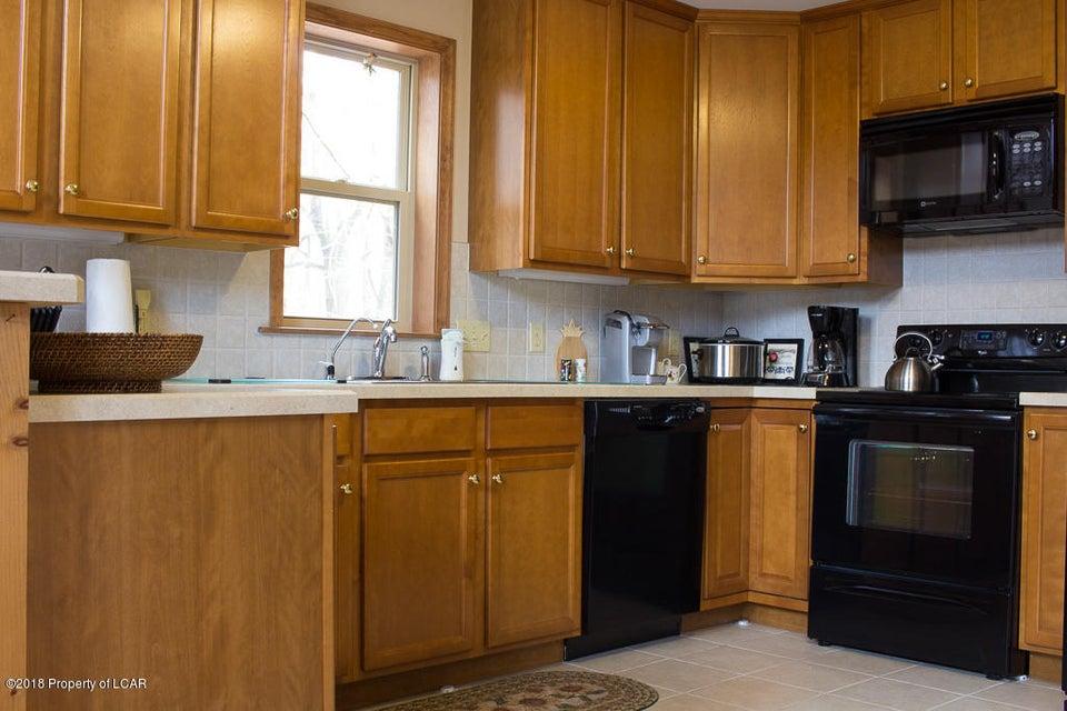 6. Kitchen (2)