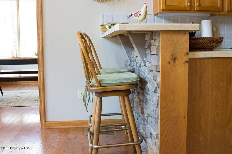 7. Kitchen (3)