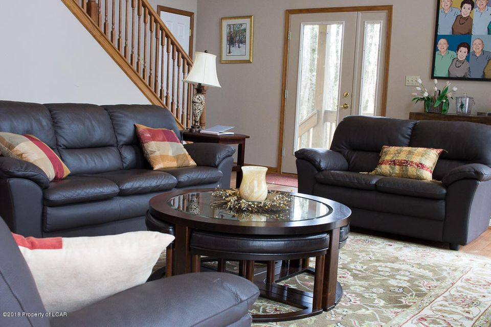 10. Main living room (3)