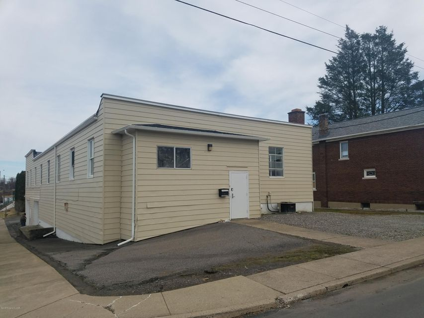 631 Fellows Ave Hanover Township,Pennsylvania 18706,Comm/ind lease,631 Fellows Ave,18-812