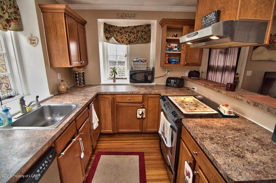 502 Waverly Ave,Clarks Summit,Pennsylvania 18411,7 Bedrooms Bedrooms,14 Rooms Rooms,3 BathroomsBathrooms,Residential,Waverly,18-1583