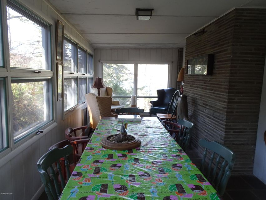 3 Season Room
