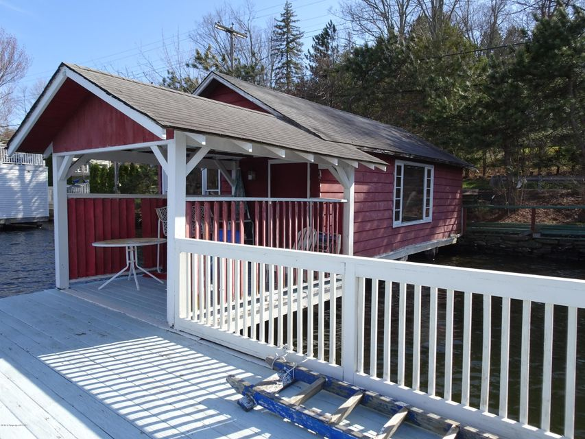 Boat House/Dock