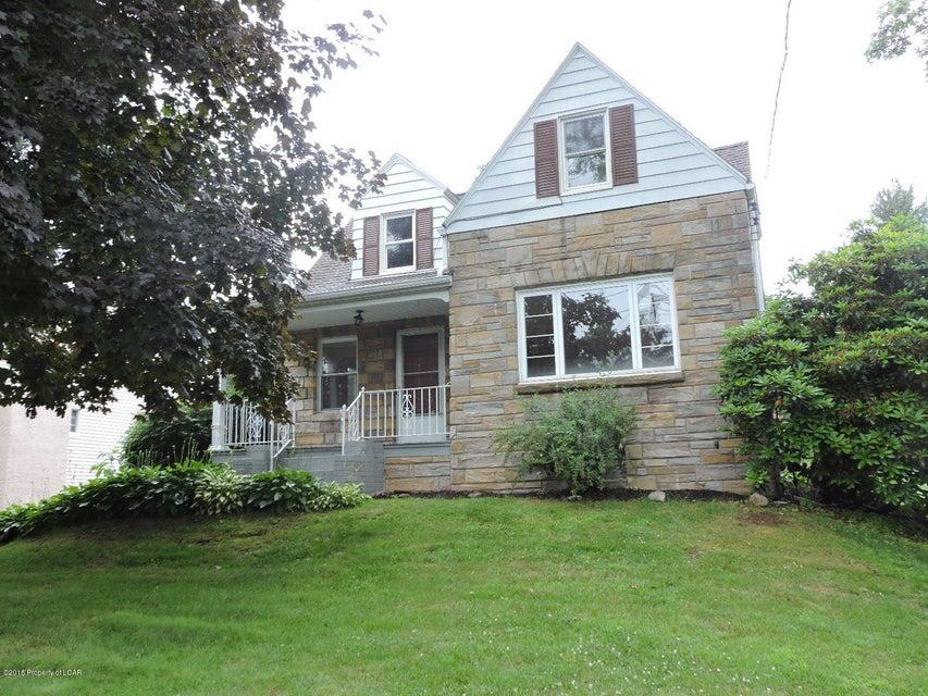 307 Edella Rd,South Abington Township,Pennsylvania 18411,2 Bedrooms Bedrooms,5 Rooms Rooms,1 BathroomBathrooms,Residential,Edella,18-3268