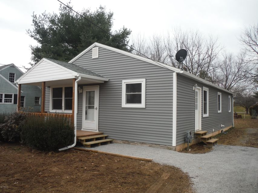 2013 NEW LAWN AVENUE,Williamsport,Pennsylvania 17701,3 Bedrooms Bedrooms,1 BathroomBathrooms,Residential,NEW LAWN,WB-79942