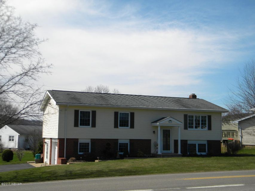 1975 WARRENSVILLE ROAD,Montoursville,PA 17754,3 Bedrooms Bedrooms,3 BathroomsBathrooms,Residential,WARRENSVILLE,WB-80489