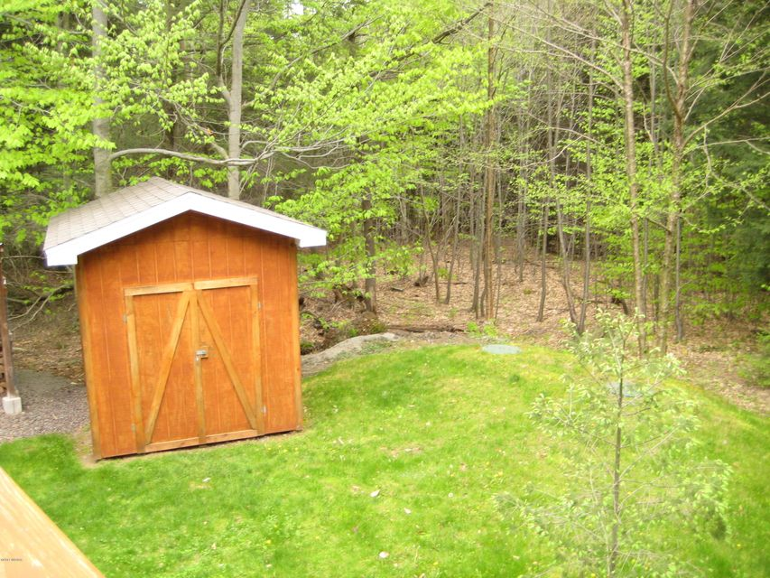 11 TWIN LEDGE LANE,Dushore,PA 18614,2 Bedrooms Bedrooms,2 BathroomsBathrooms,Cabin/vacation home,TWIN LEDGE,WB-80839