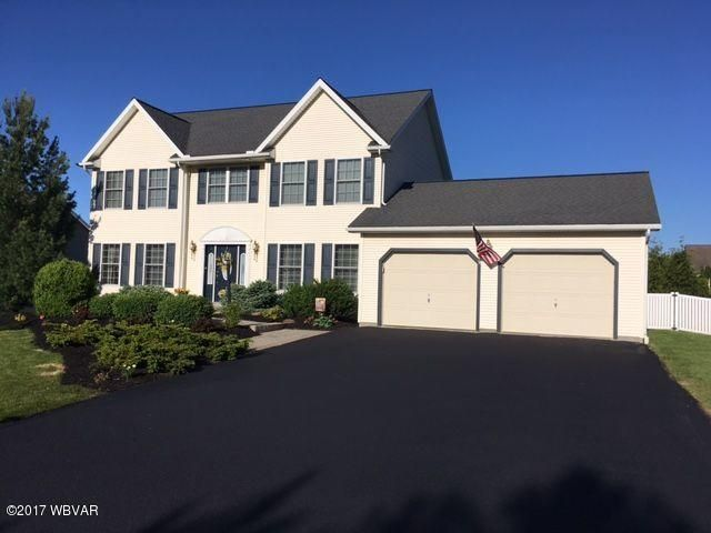 31 WOODLYNN DRIVE,Selinsgrove,PA 17870,4 Bedrooms Bedrooms,3 BathroomsBathrooms,Residential,WOODLYNN,WB-81052