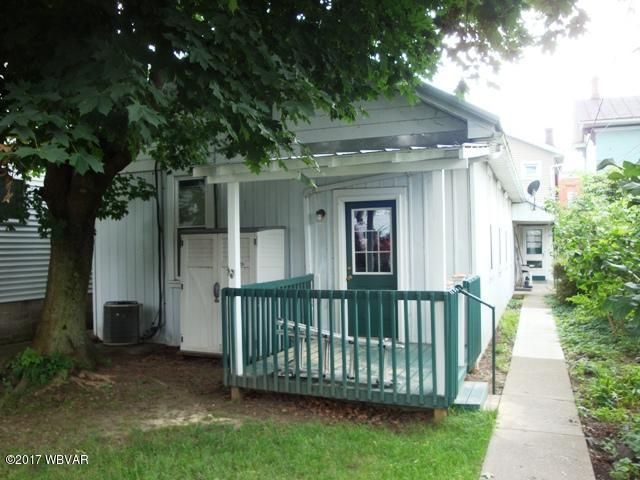R 210 MAIN STREET,Watsontown,PA 17777,1 Bedroom Bedrooms,1 BathroomBathrooms,Resid-lease/rental,MAIN,WB-81487