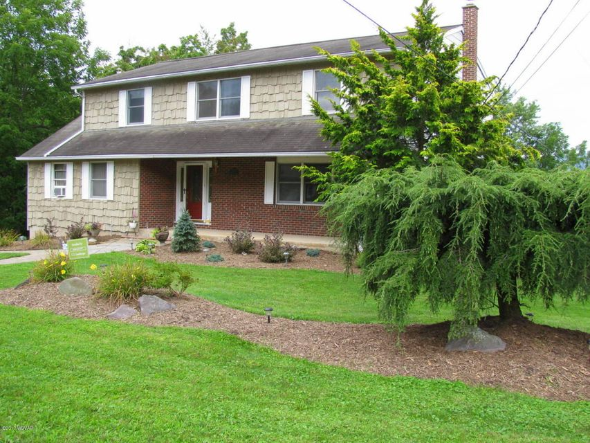 2850 ORCHARD AVENUE,Montoursville,PA 17754,4 Bedrooms Bedrooms,2.5 BathroomsBathrooms,Residential,ORCHARD,WB-81914