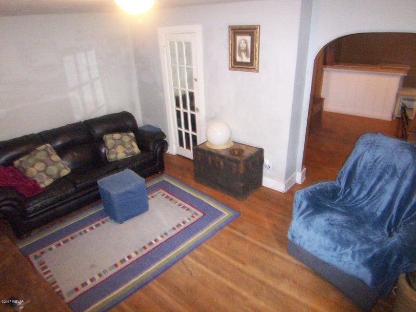 815 ALMOND STREET,Williamsport,PA 17701,2 Bedrooms Bedrooms,1 BathroomBathrooms,Residential,ALMOND,WB-82019