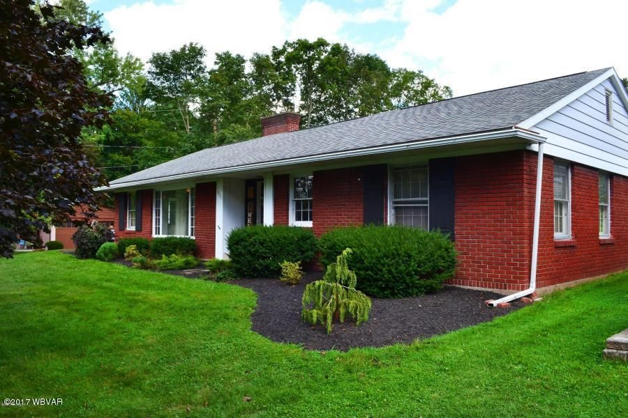 527 MARKET STREET,Muncy,PA 17756,3 Bedrooms Bedrooms,1 BathroomBathrooms,Residential,MARKET,WB-82118