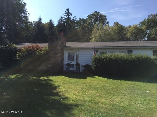 3395 LYCOMING MALL DRIVE,Montoursville,PA 17754,3 Bedrooms Bedrooms,2 BathroomsBathrooms,Residential,LYCOMING MALL,WB-82125