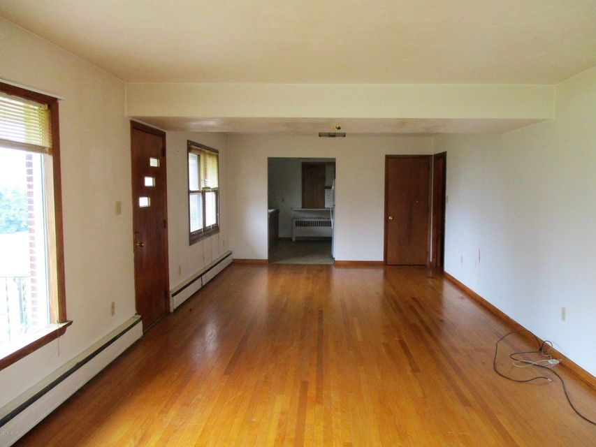 335 FRITZ STATION ROAD,Montgomery,PA 17752,3 Bedrooms Bedrooms,1.5 BathroomsBathrooms,Residential,FRITZ STATION,WB-82212