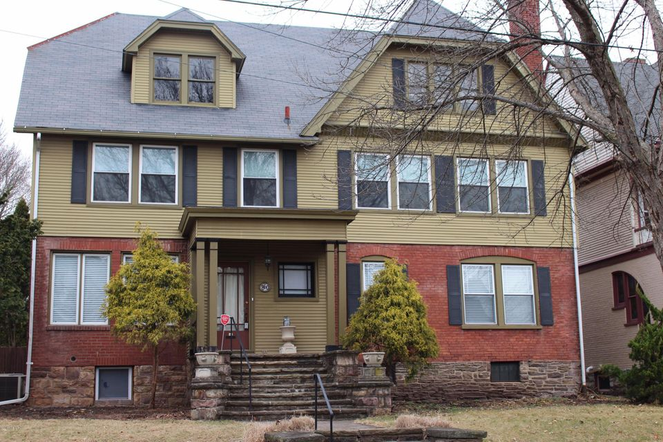 860 LOUISA STREET,Williamsport,PA 17701,4 Bedrooms Bedrooms,3.5 BathroomsBathrooms,Residential,LOUISA,WB-83347