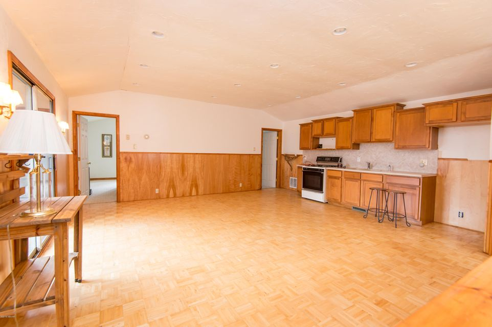 508 CABBAGE HOLLOW ROAD,Williamsport,PA 17701,4 Bedrooms Bedrooms,4 BathroomsBathrooms,Residential,CABBAGE HOLLOW,WB-83452