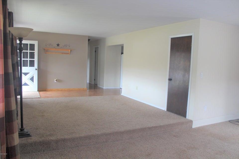 1366 HARVEY ROAD,Williamsport,PA 17701,3 Bedrooms Bedrooms,1 BathroomBathrooms,Residential,HARVEY,WB-83753