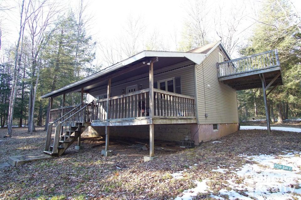 439 HEMLOCK LANE,Trout Run,PA 17771,3 Bedrooms Bedrooms,2 BathroomsBathrooms,Residential,HEMLOCK,WB-84116