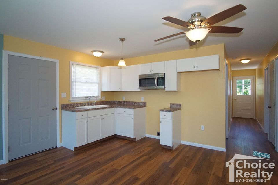 1079 PENN AVENUE,Jersey Shore,PA 17740,3 Bedrooms Bedrooms,1 BathroomBathrooms,Residential,PENN,WB-84374
