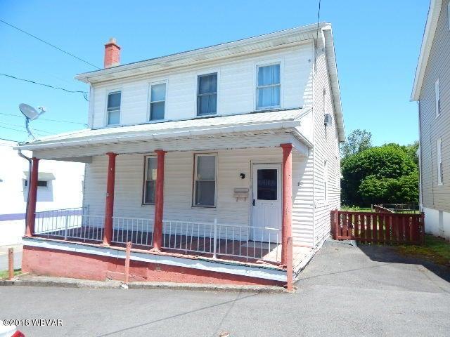 35 SHERMAN STREET,Coal Township,PA 17866,3 Bedrooms Bedrooms,1.5 BathroomsBathrooms,Residential,SHERMAN,WB-84419