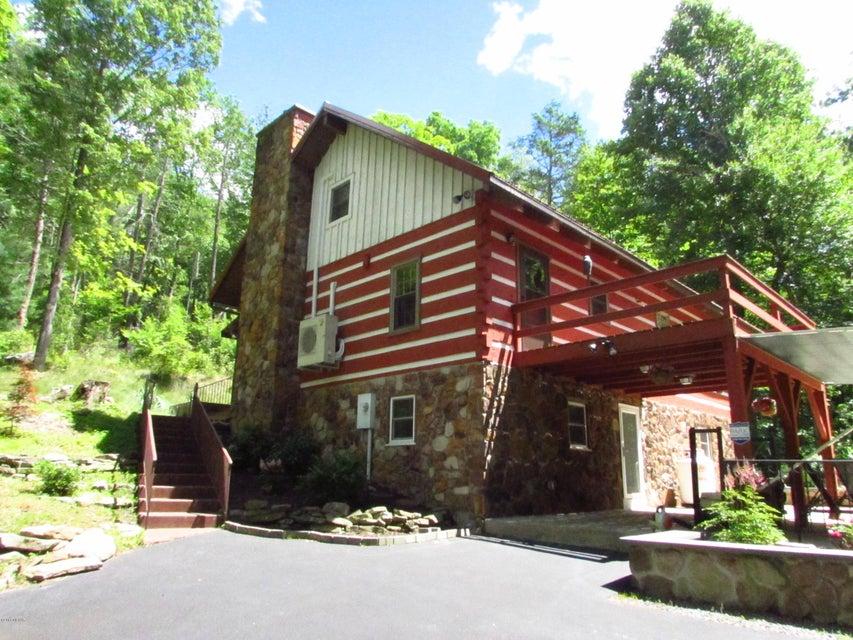 511 RAG VALLEY ROAD,Mill Hall,PA 17751,2 Bedrooms Bedrooms,1 BathroomBathrooms,Cabin/vacation home,RAG VALLEY,WB-84444
