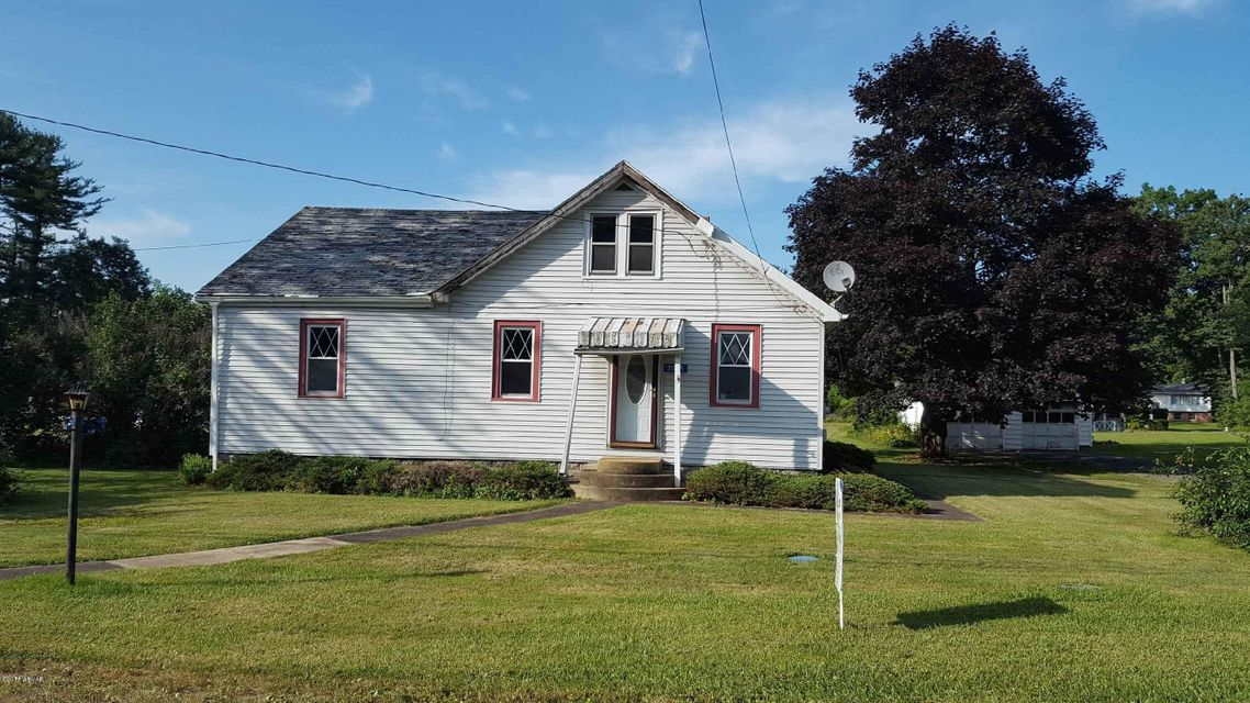 2025 LONG RUN ROAD,Mill Hall,PA 17751,2 Bedrooms Bedrooms,1 BathroomBathrooms,Residential,LONG RUN,WB-84715