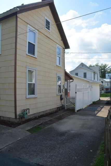 414 SCHOOLHOUSE LANE,Milton,PA 17847,Multi-units,SCHOOLHOUSE,WB-84991