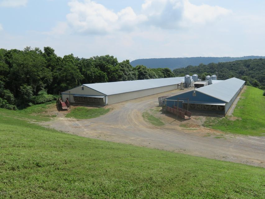 322 HATCHERY ROAD,Dalmatia,PA 17017,5 Bedrooms Bedrooms,3 BathroomsBathrooms,Farm,HATCHERY,WB-85067