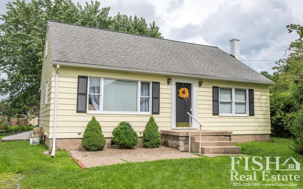 705 FAIRMONT AVENUE,S. Williamsport,PA 17702,2 Bedrooms Bedrooms,1.5 BathroomsBathrooms,Residential,FAIRMONT,WB-85072