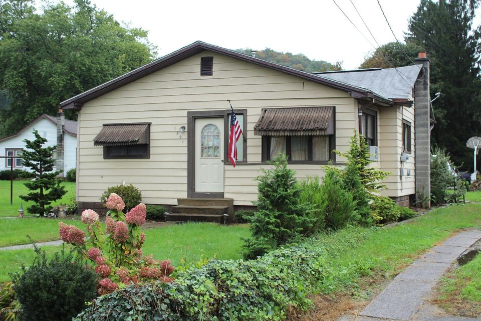 1891 BERRY AVENUE,Williamsport,PA 17701,2 Bedrooms Bedrooms,1 BathroomBathrooms,Residential,BERRY,WB-85624