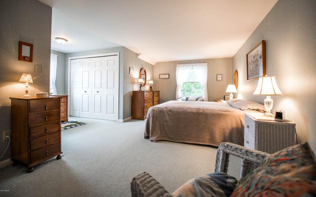 128 CRESTMONT DRIVE,Lock Haven,PA 17745,4 Bedrooms Bedrooms,2.5 BathroomsBathrooms,Residential,CRESTMONT,WB-85832