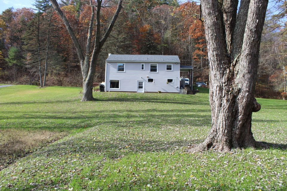 2138 POCO FARM ROAD,Williamsport,PA 17701,2 Bedrooms Bedrooms,1.5 BathroomsBathrooms,Residential,POCO FARM,WB-85834