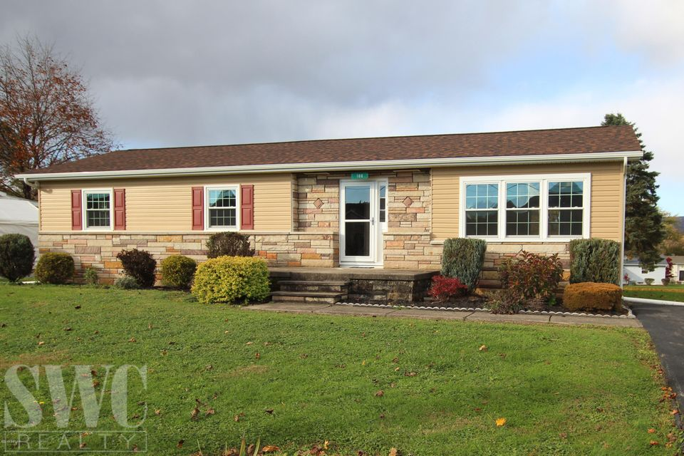 108 SUMMIT STREET,Avis,PA 17721,3 Bedrooms Bedrooms,1 BathroomBathrooms,Residential,SUMMIT,WB-85849