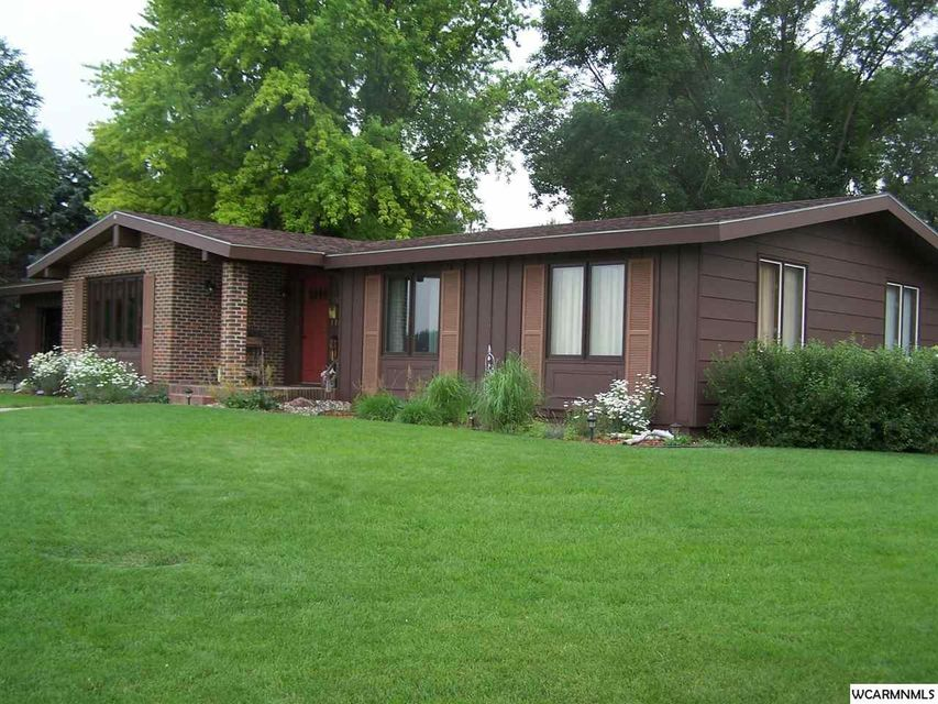 550 E Ronning,Appleton,3 Bedrooms Bedrooms,2 BathroomsBathrooms,Single Family,E Ronning,6010576