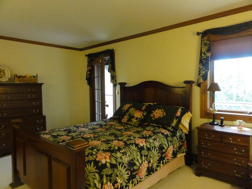 Willmar,4 Bedrooms Bedrooms,5 BathroomsBathrooms,Single Family,6022915