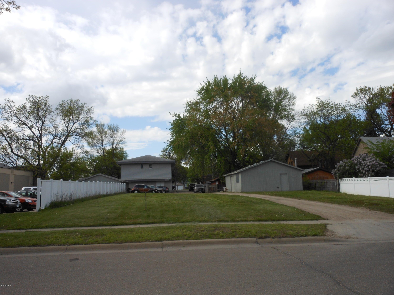 111 Minnesota Avenue,Willmar,Commercial,Minnesota Avenue,6022114