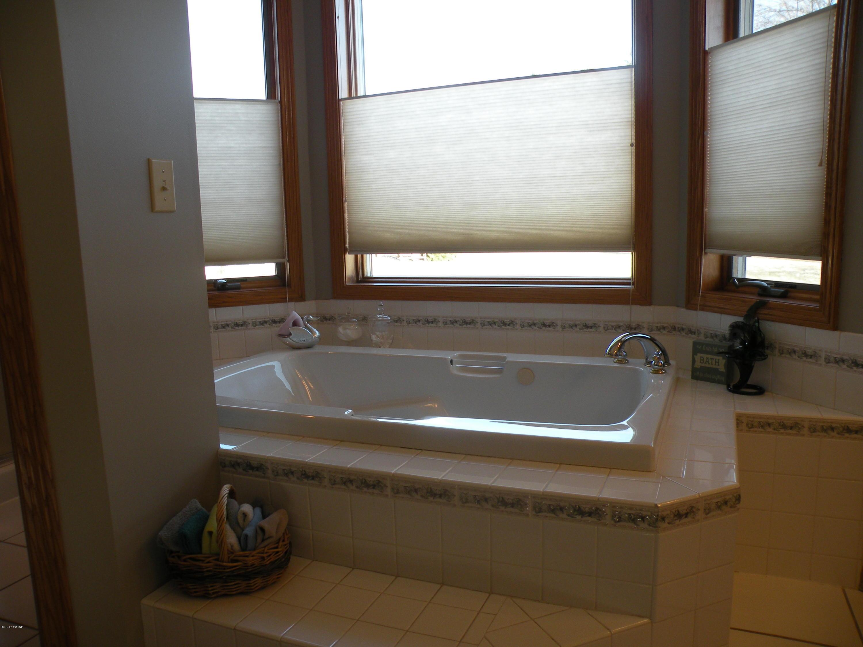 2007 SW 10th,Willmar,4 Bedrooms Bedrooms,3 BathroomsBathrooms,Single Family,SW 10th,6025901