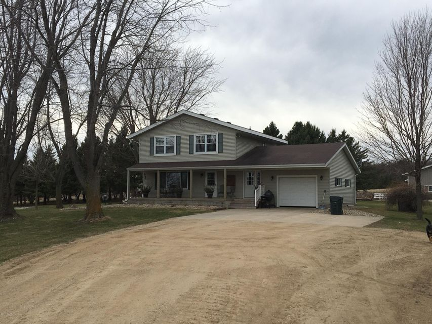 3001 132 Avenue NW, Spicer, MN 56288