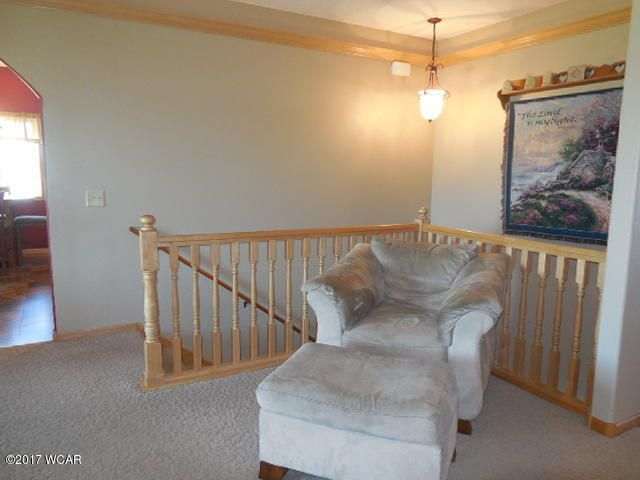 646 W River Drive,New London,5 Bedrooms Bedrooms,3 BathroomsBathrooms,Single Family,W River Drive,6026930
