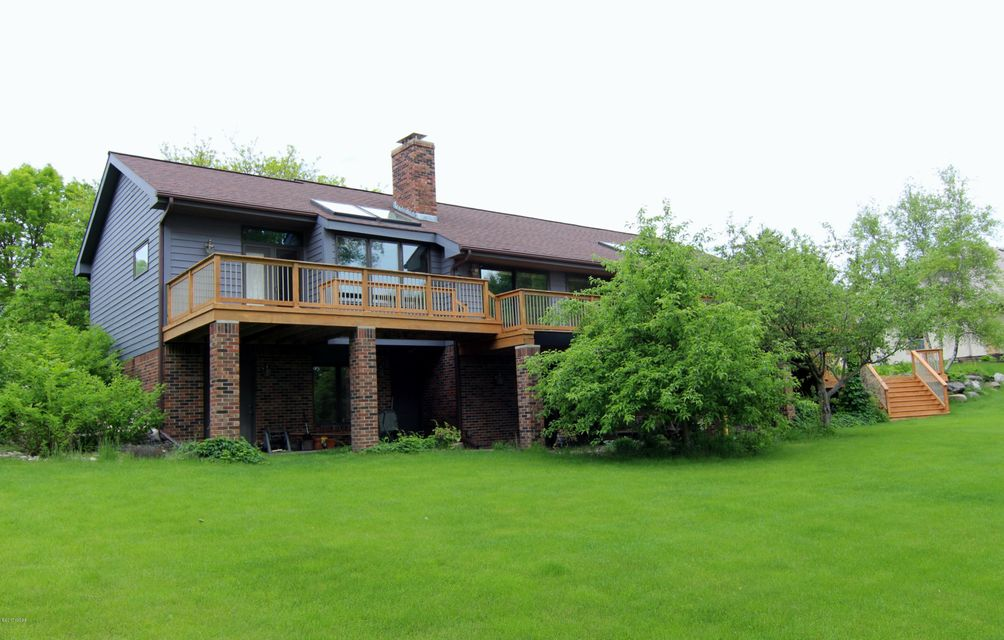 407 Country Club Drive,Willmar,4 Bedrooms Bedrooms,4 BathroomsBathrooms,Single Family,Country Club Drive,6026987