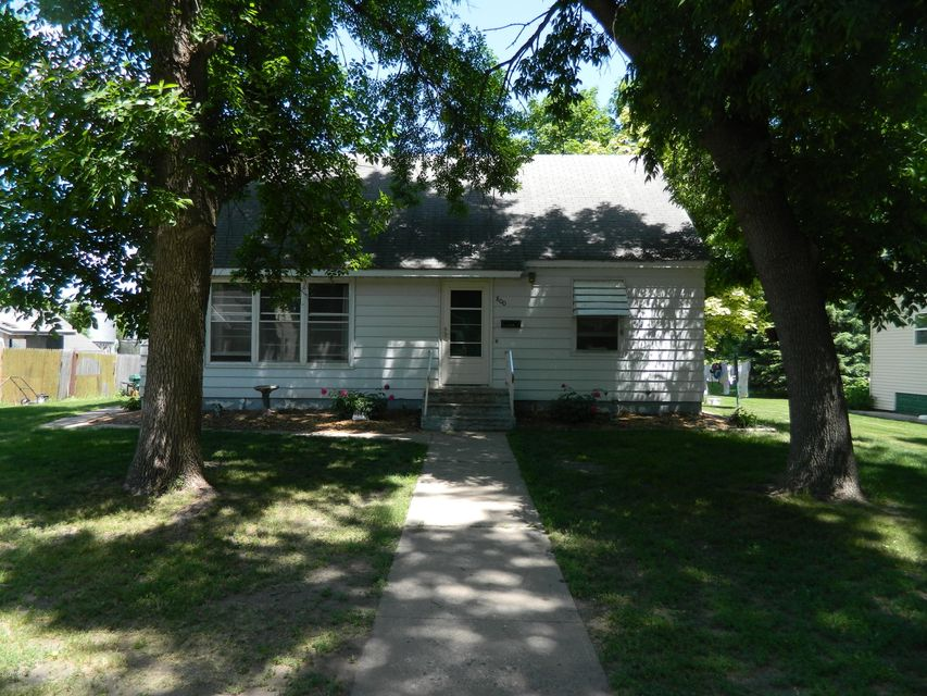 800 Kansas Avenue,Benson,3 Bedrooms Bedrooms,2 BathroomsBathrooms,Single Family,Kansas Avenue,6027186