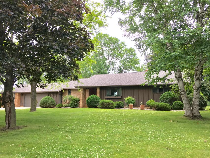 2835 Fairway Drive,Willmar,2 Bedrooms Bedrooms,3 BathroomsBathrooms,Single Family,Fairway Drive,6027491