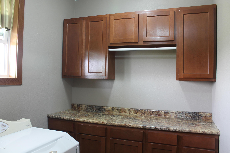 16400 7th Street,New London,4 Bedrooms Bedrooms,4 BathroomsBathrooms,Single Family,7th Street,6027632