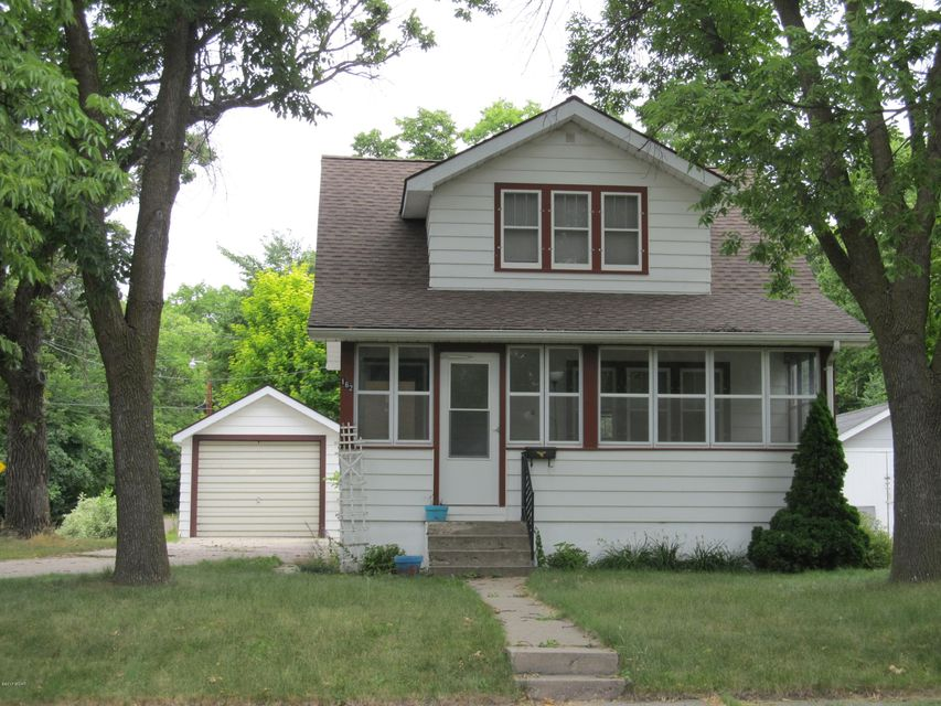 162 Washington St.,Granite Falls,3 Bedrooms Bedrooms,2 BathroomsBathrooms,Single Family,Washington St.,6027730