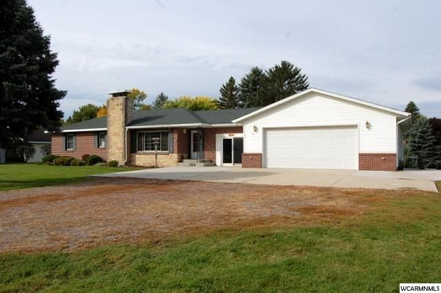 1211 Benson Road,Montevideo,3 Bedrooms Bedrooms,2 BathroomsBathrooms,Single Family,Benson Road,6028201