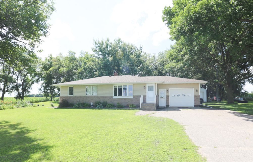 920 210th Avenue,Appleton,3 Bedrooms Bedrooms,2 BathroomsBathrooms,Single Family,210th Avenue,6027980